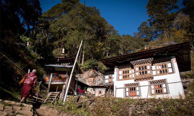 Dechen Draphu-A sacred cave associated with Guru Rinpochhe