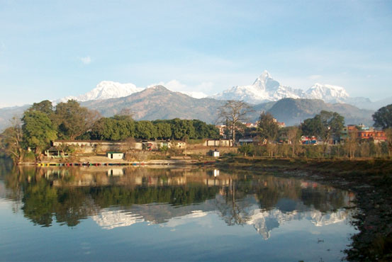 https://www.holidaynepaltrek.com/package/pokhara-chitwan-tour/