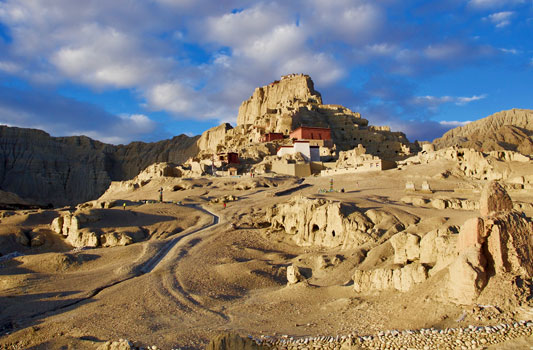 Lhasa – Mt. Kailash – Guge Kingdom Tour