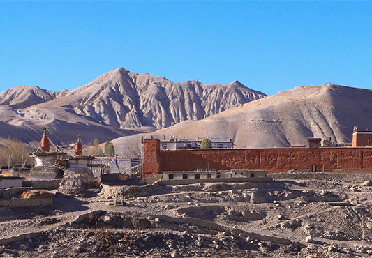 https://www.holidaynepaltrek.com/package/upper-mustang-trekking/