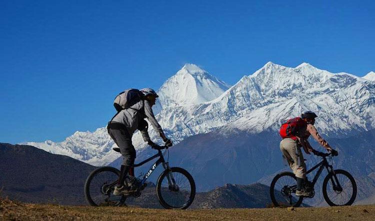 mountain-biking-in-nepal
