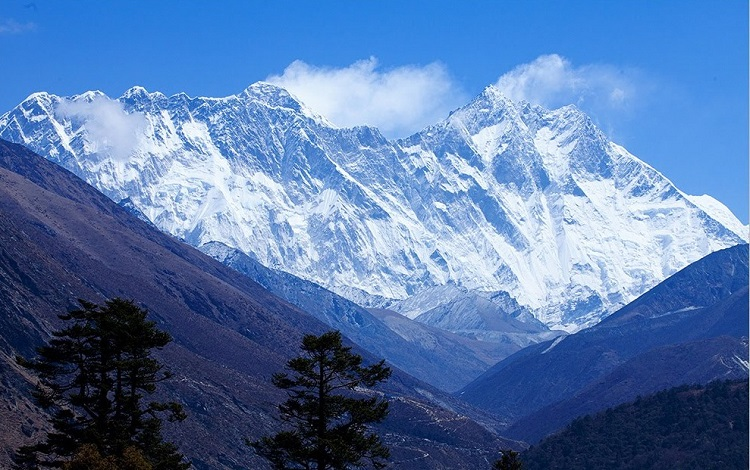 Everest Base Camp Weather